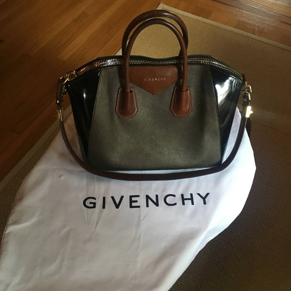 10f6c9d43eae Givenchy Antigona Medium Satchel Pre-Owned